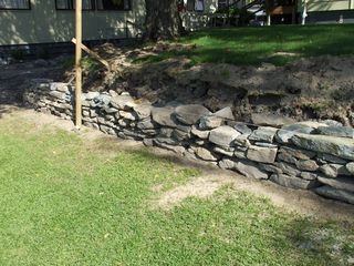Dry Stack Retaining Wall Stones And Bones
